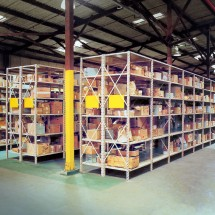 Unichannel Shelving